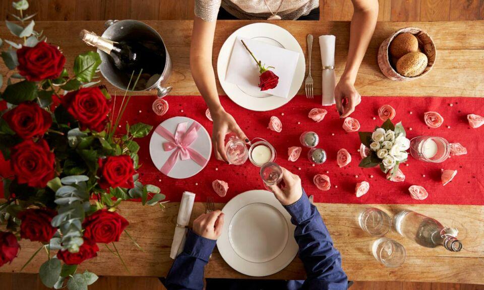 edesseg_valentin_nap_ajandek_meglepetes_vacsora_romantika